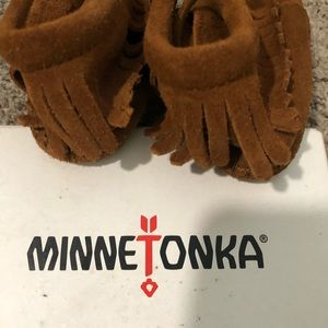 Minnetonka suede toddler boots